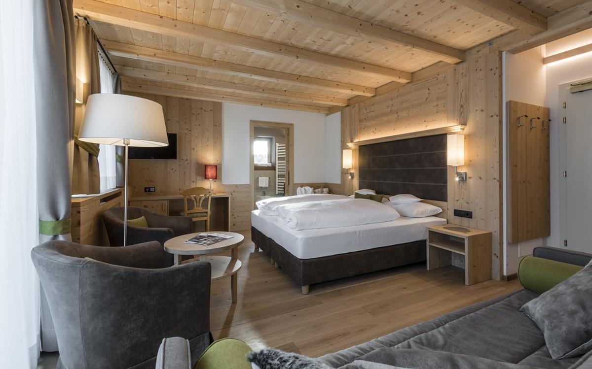 S hotel villa kastelruth a castelrotto vivodolomiti - Hotel castelrotto con piscina ...