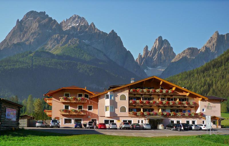 Pension Waldheim Via Runs 1postfach 247031 Laaxgraubünden 7031 Laax Laax Switzerland Ch Europe
