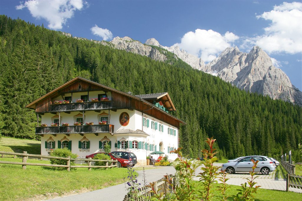 Hotel dolomitenhof a sesto vivovalpusteria for Hotel val fiscalina