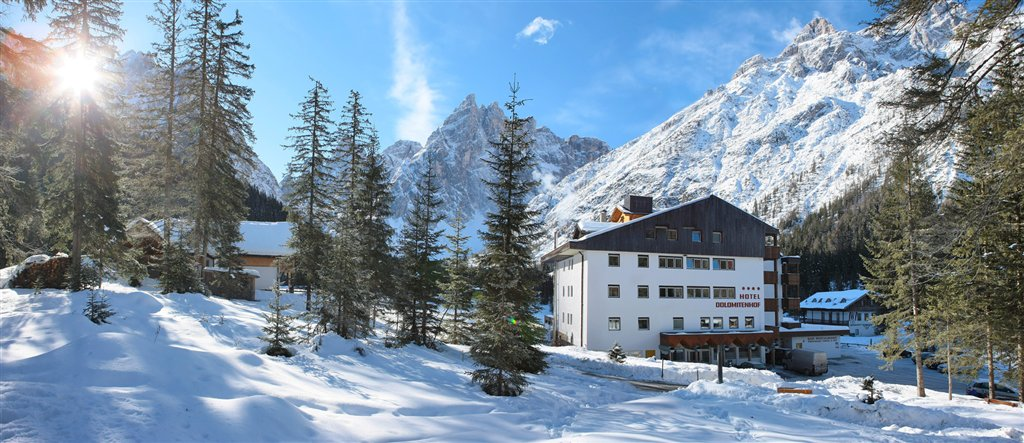 Hotel dolomitenhof a sesto for Hotel val fiscalina