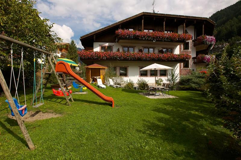 Residence hotel griesfeld valle tures - Hotel valle aurina con piscina ...