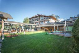 FAMELí small family&spa resort dolomites