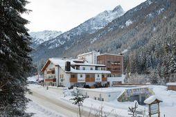 Hotel Waldheim (Martello) in inverno