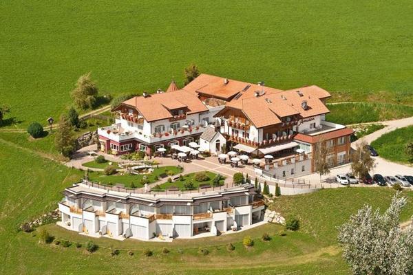 Beautiful Azienda Soggiorno Brunico Gallery - dairiakymber.com ...